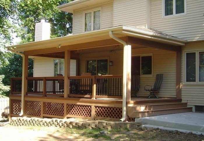 Open Tiered Enclosed Home Porch Design