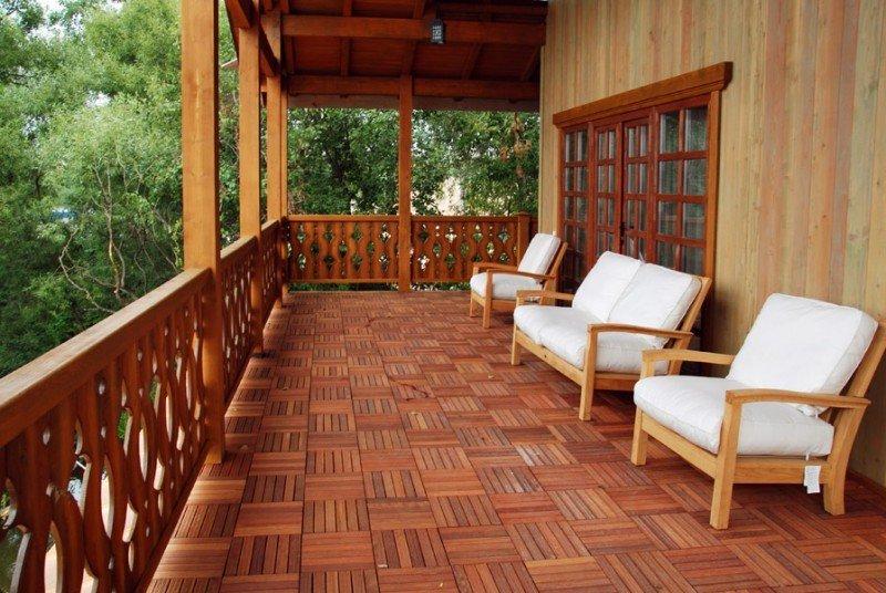 terrasa-k-domy-ograjdenie